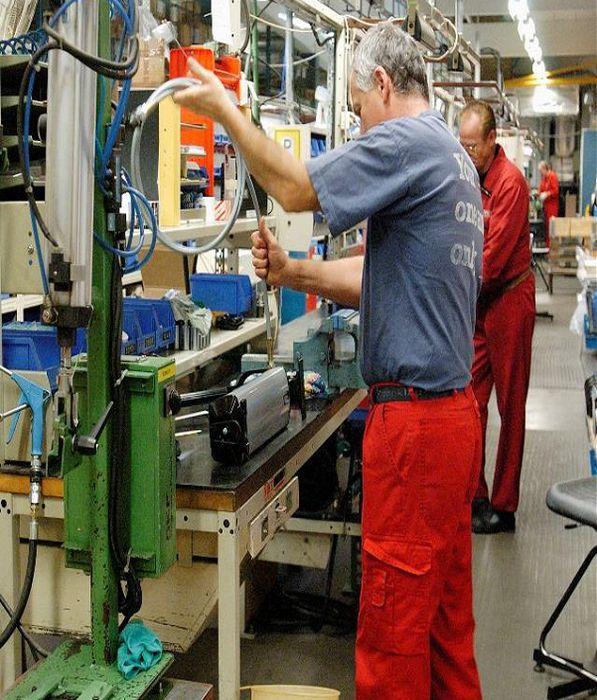 REHOBOT - špičková hydraulika pro průmysl
